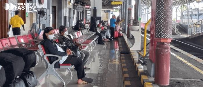 Jadwal Kereta Api Juli Masa PPKM Darurat dan Syarat Naik Kereta Api